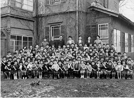 Asahi_youchien_1956.jpg