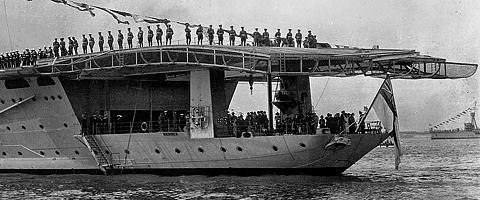 HMS_Hermes_photo_04.jpg
