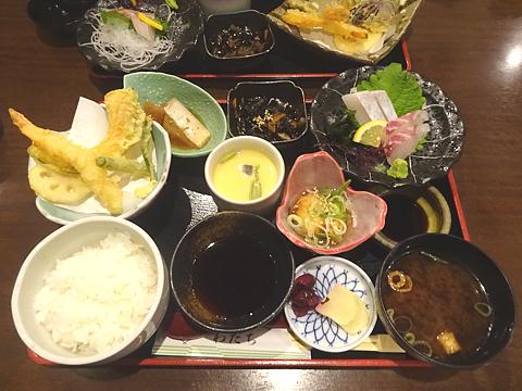 Lunch_h310424_01.jpg