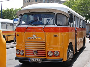 bus_02_s.jpg
