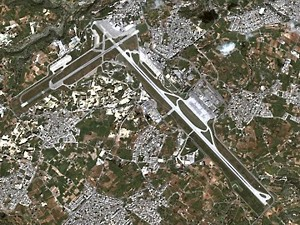 malta_011_airport_sat_s.jpg