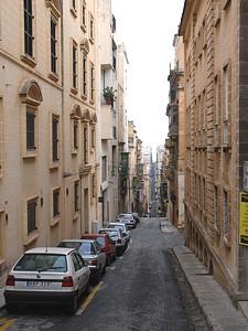 valletta_street_01.jpg